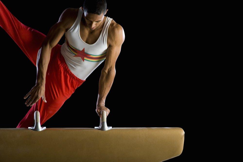 Упражнения гимнастики и требования к форме одежды