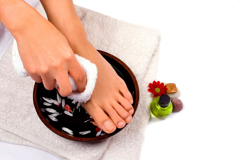 Рецепты ванночек от потливости ног