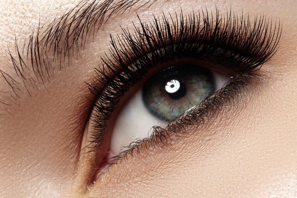 2. Они защищают ваши глаза