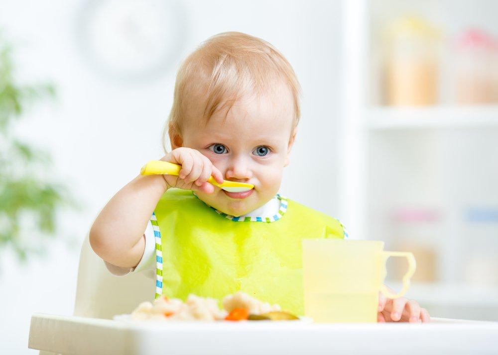 Дети и их первое знакомство с фруктами