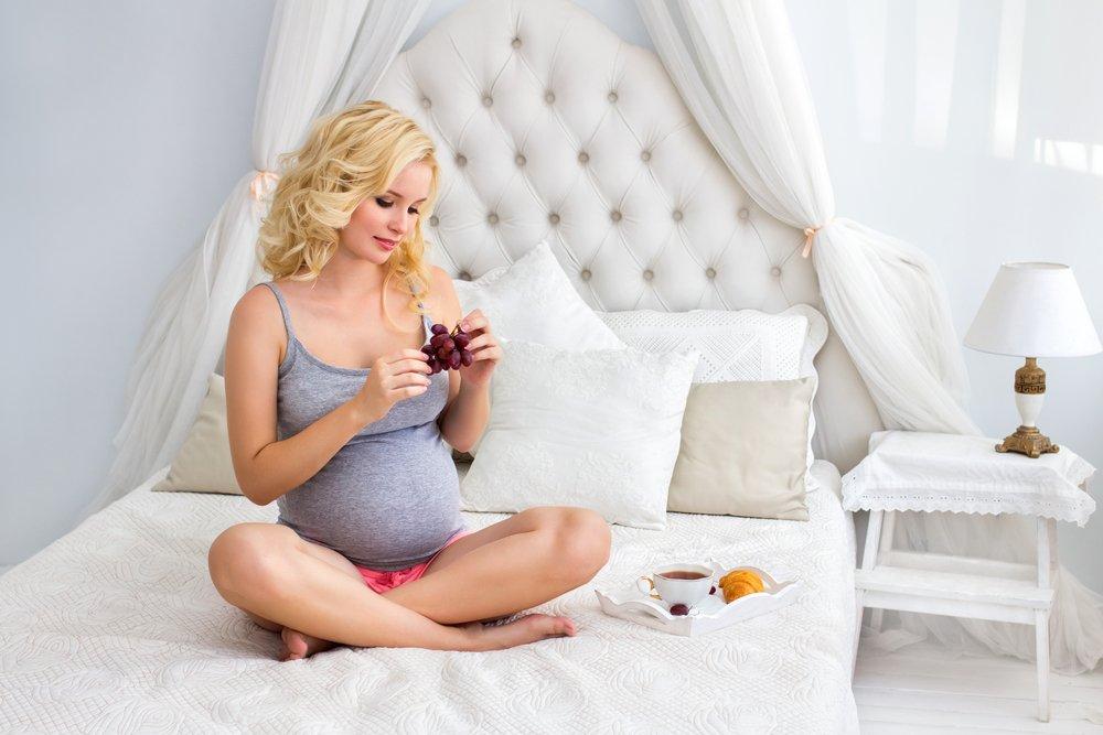 Виноград как источник витаминов для женщин в положении