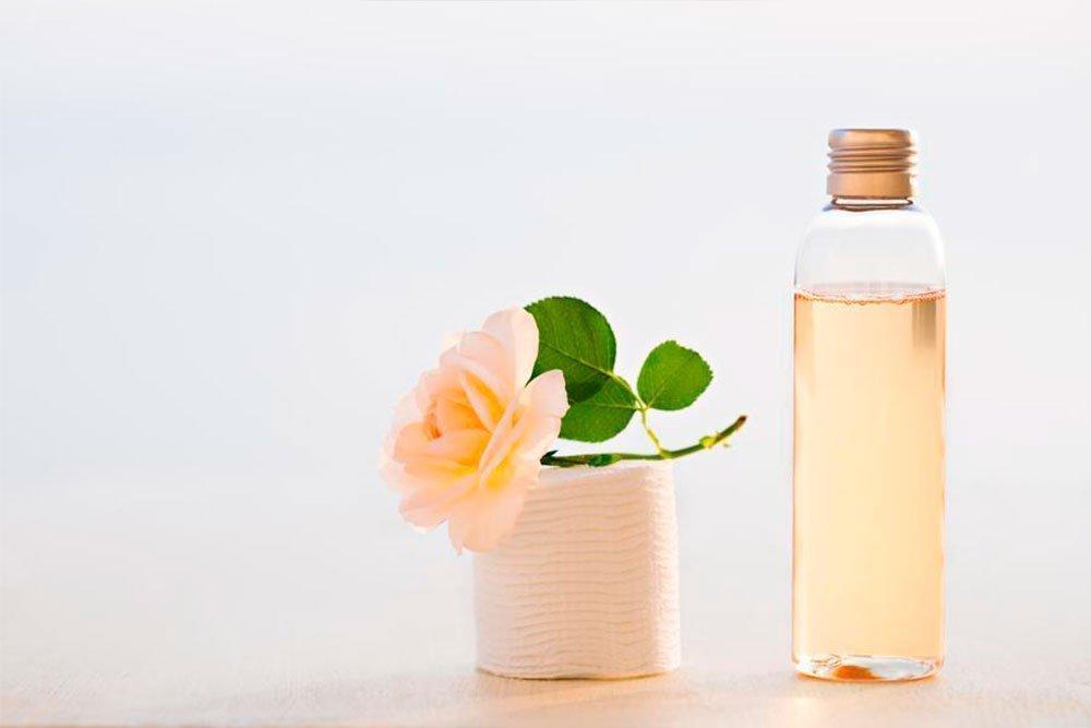 Красота и здоровье кожи: чем полезны косметические тоники?
