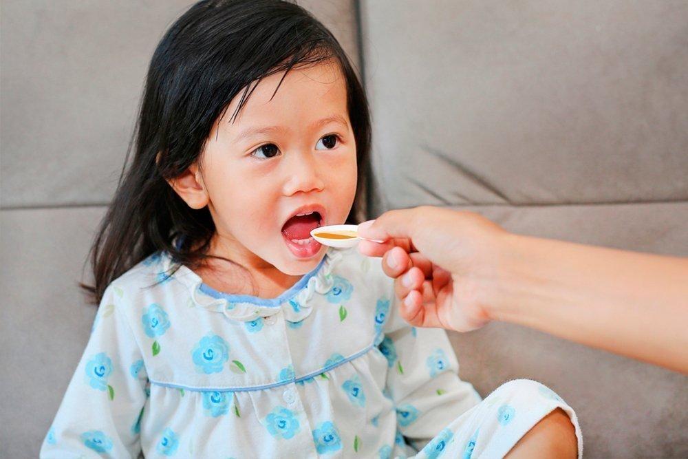 Лечение ребенка при помощи медикаментов