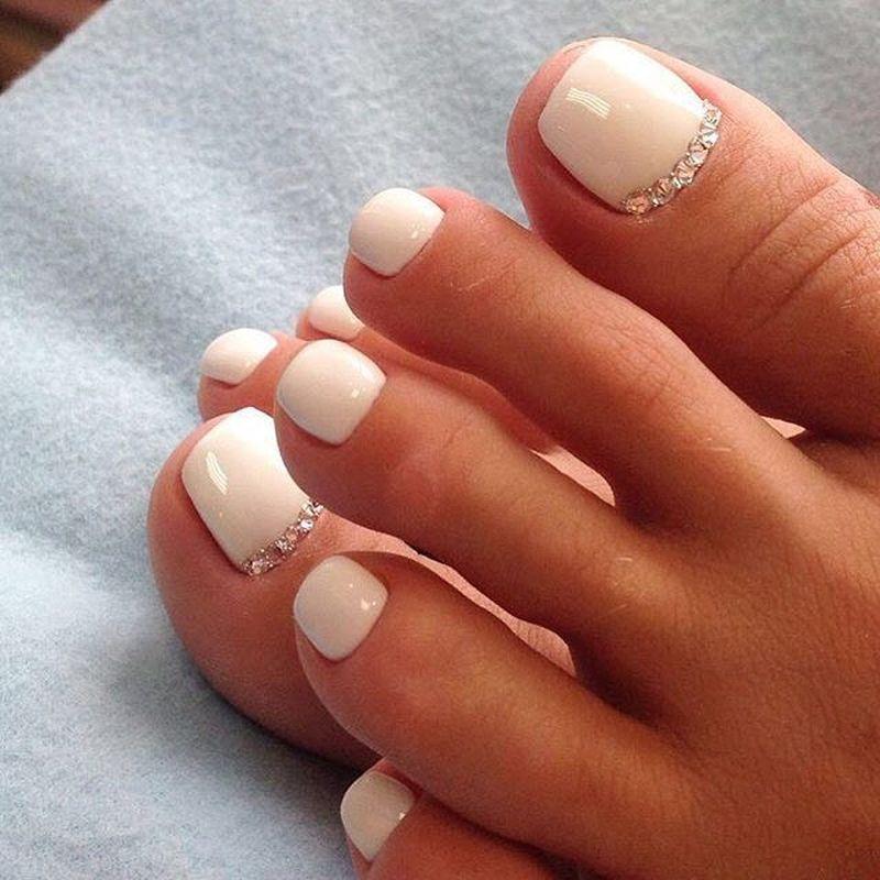 2. Белый Total Look Источник: ratatum.com