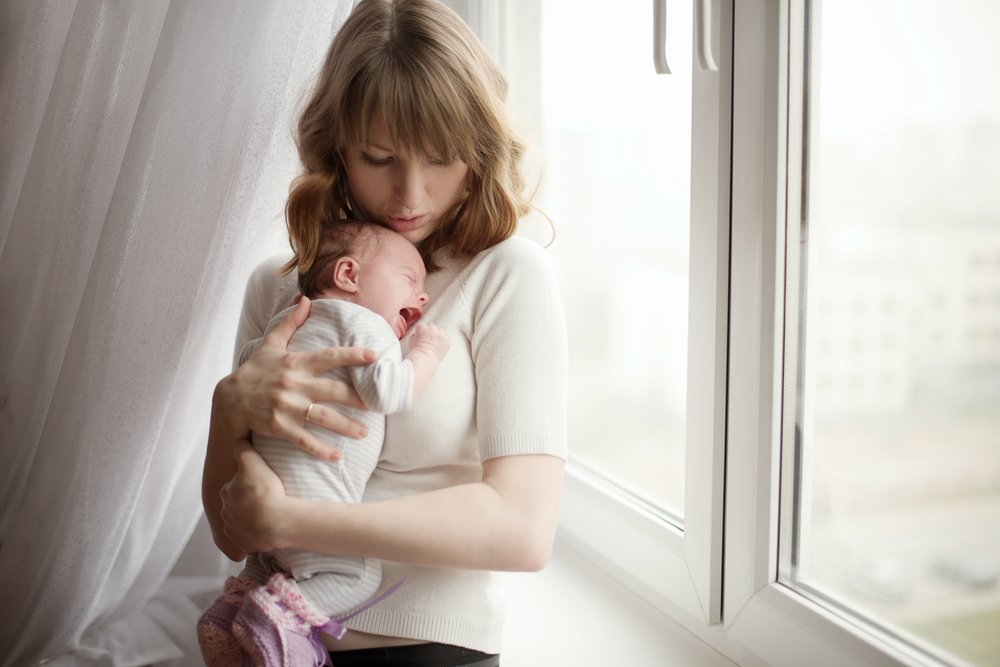 Колики и «газики» у новорожденных детей