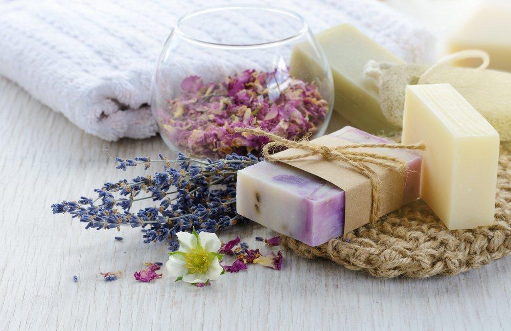 Мыло ручной работы — красота на полочке в ванной