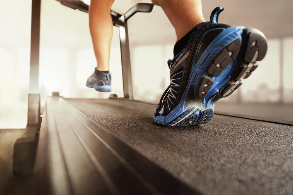 Программа по фитнесу для бегунов: до старта больше 3-х недель