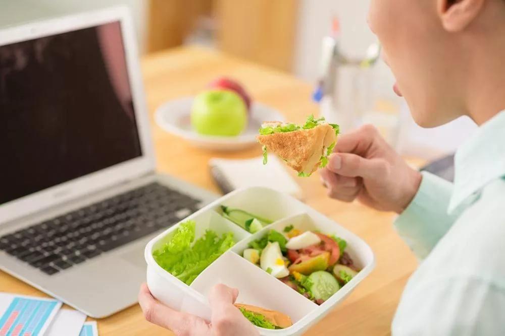 Шаг третий: употреблять больше белковых продуктов питания