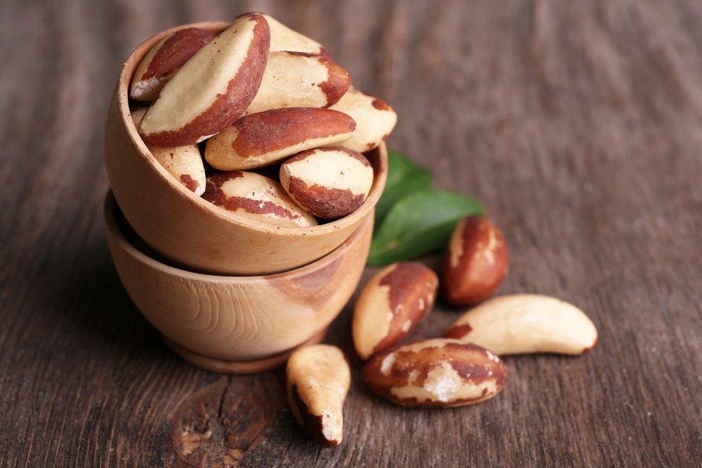 1. Бразильские орехи
