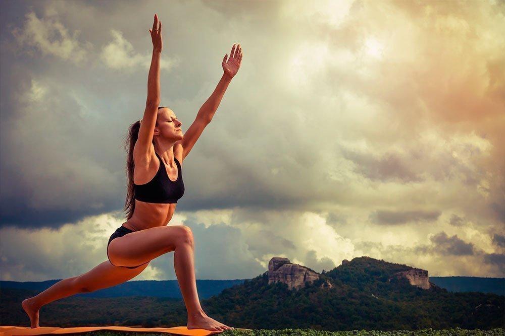 Йога асаны для бодрости тела и духа