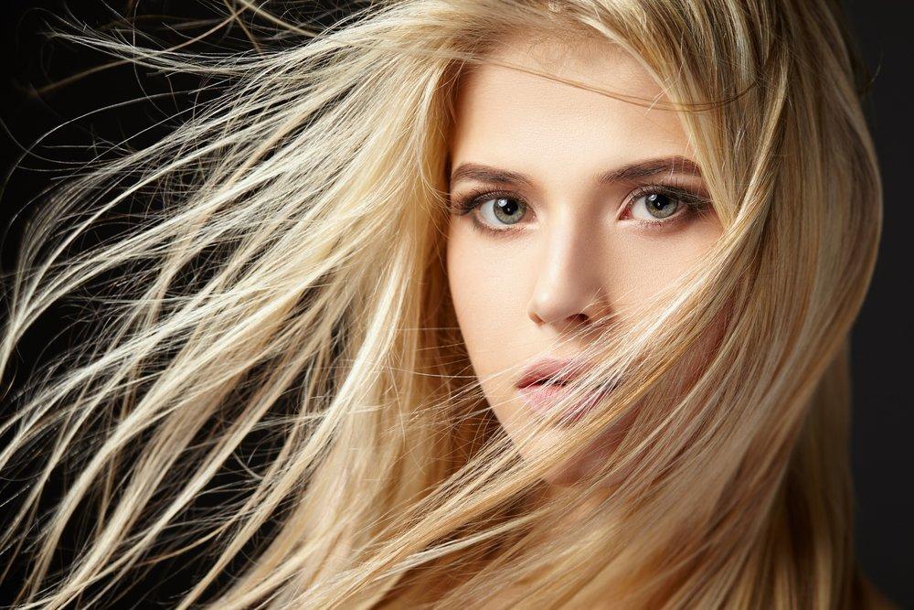 Ботокс для женской красоты: плюсы использования препарата для волос