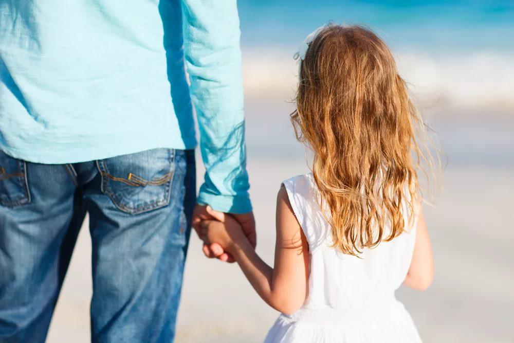 Препятствовать общению детей с родственниками