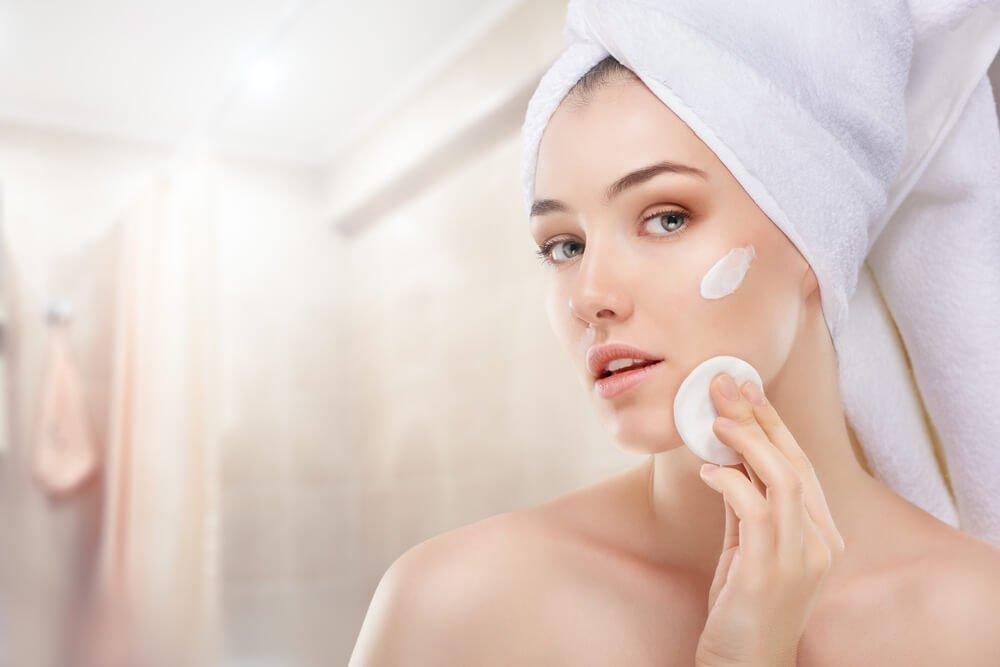Очищающая косметика: как выбрать крем для кожи?