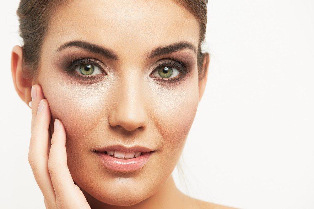 Когда лучше отказаться от применения тональной косметики?