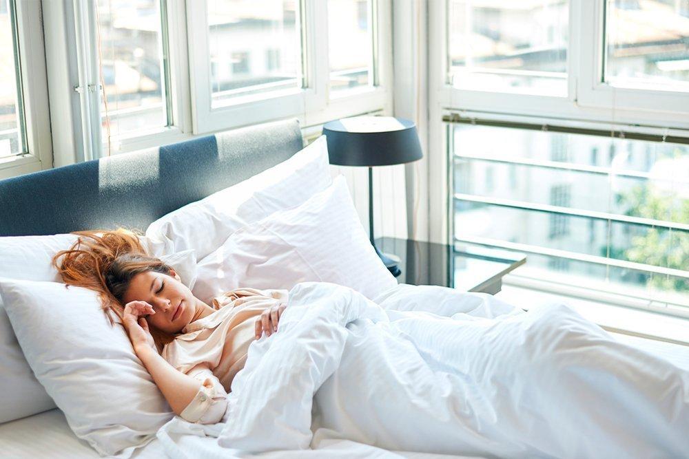 2. Старайтесь вздремнуть в течение дня