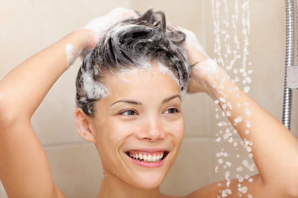 Правила применения дегтярного шампуня для красоты волос