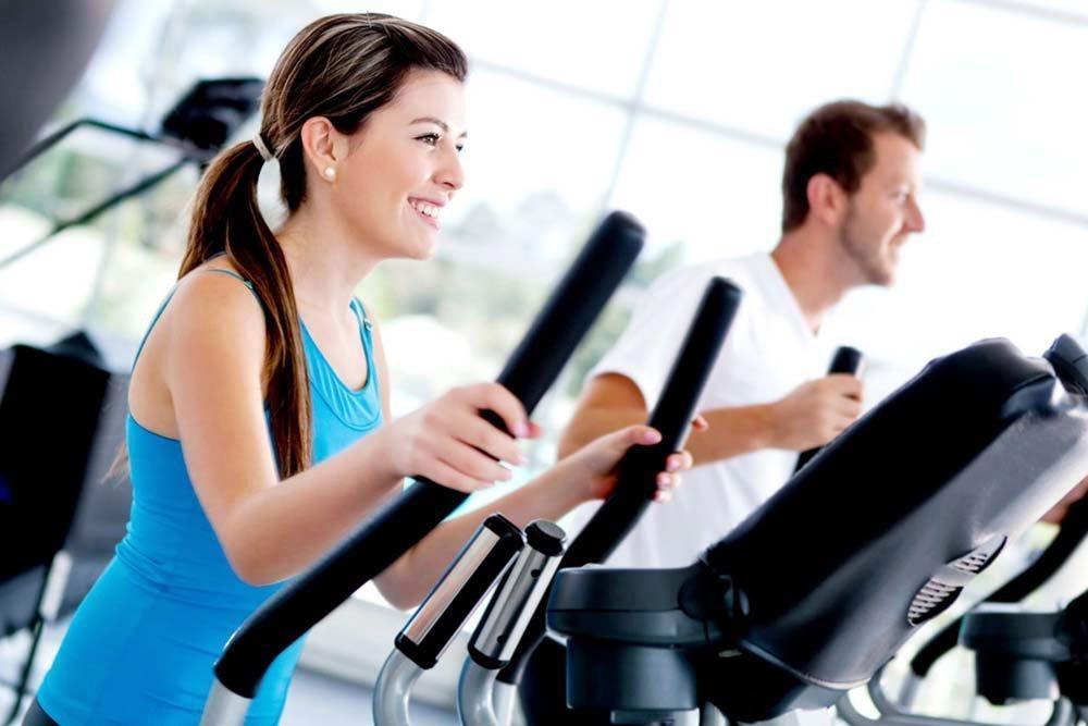 Первый вариант занятия фитнесом для поклонника ЗОЖ