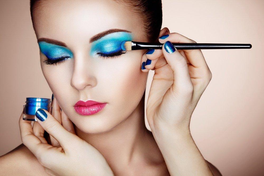 Для макияжа век