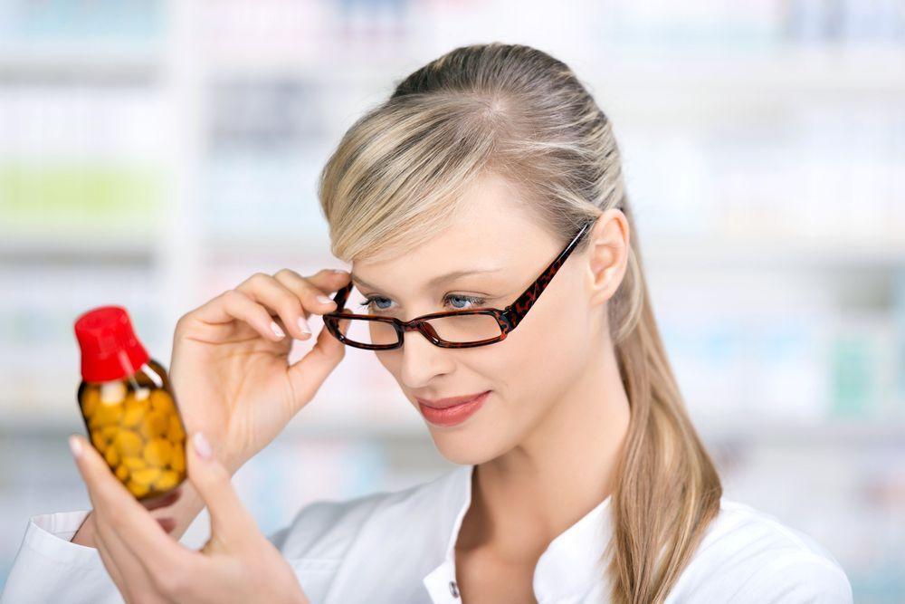 Чем опасна реклама безрецептурных лекарств?