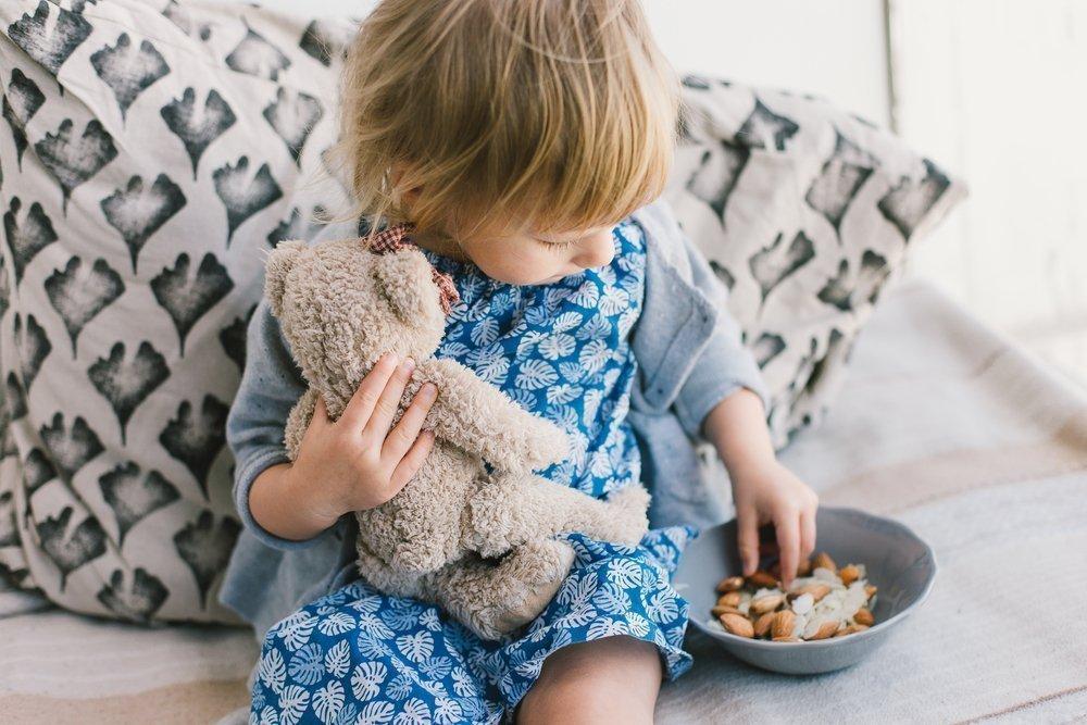 Орехи и питание ребенка