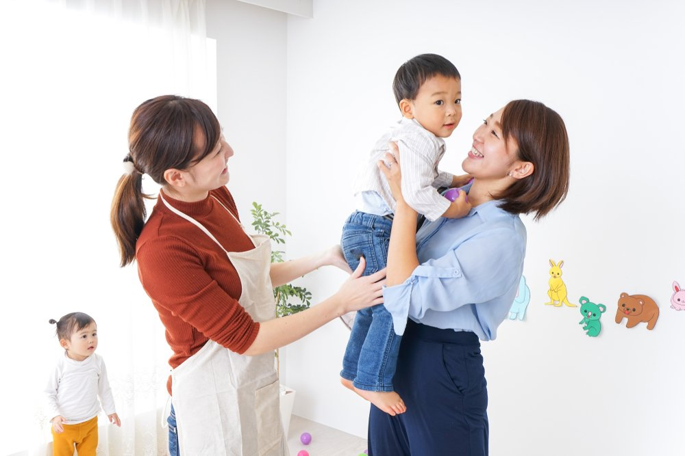 Советы родителям по выбору няни
