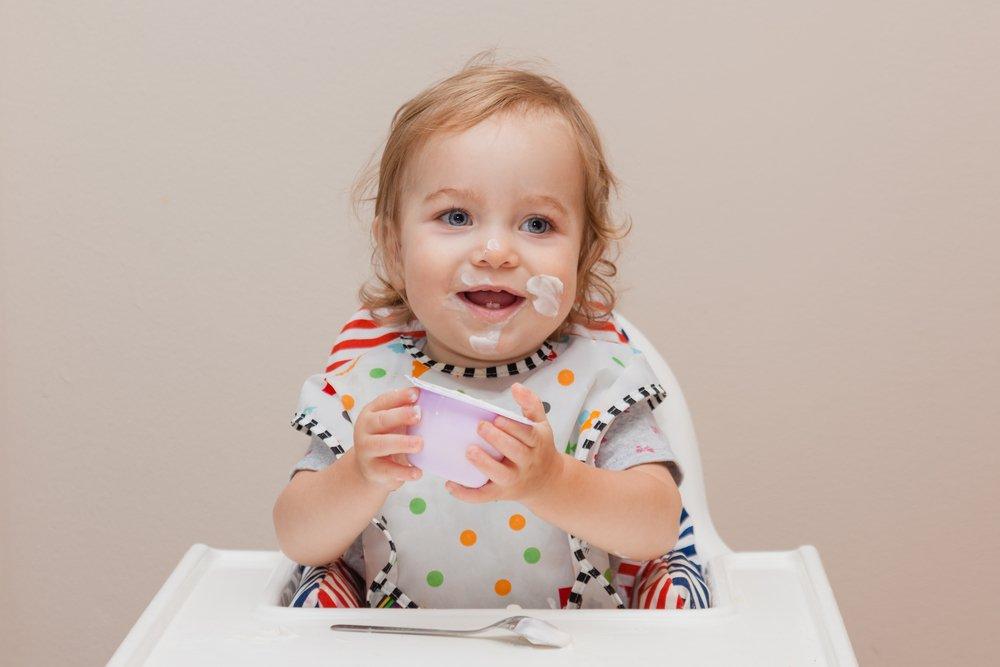 Йогурты и творожки: калории и сахар