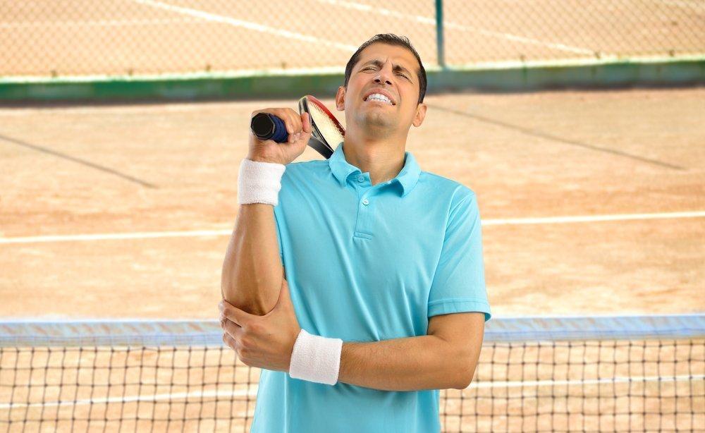 Причины «теннисного локтя»: травма, профессиональная деятельность