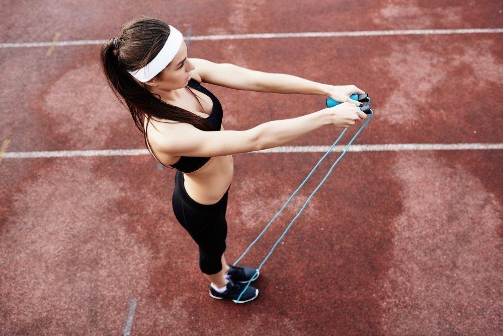 Прыжки со скакалкой как полезная физическая нагрузка