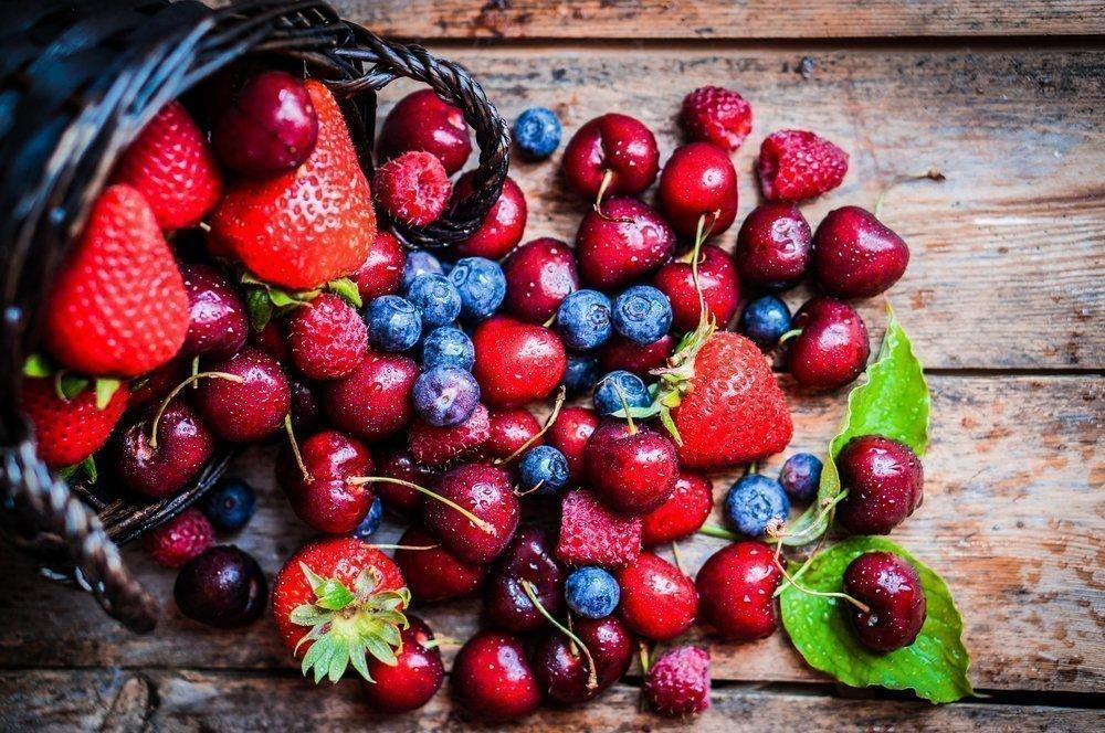 Ягоды: источниками каких витаминов являются они?