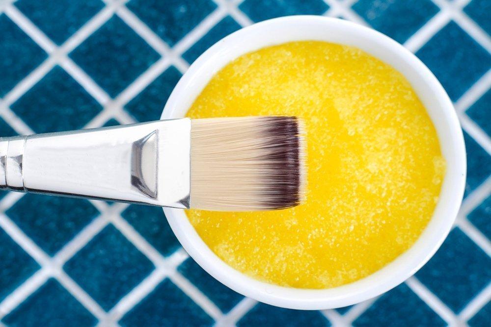 Летний уход за волосами: из чего готовить маску?