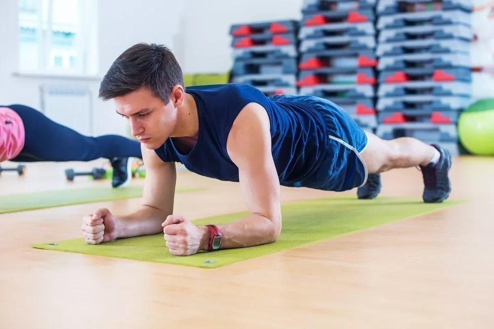 Как правильно выполнять упражнение планка