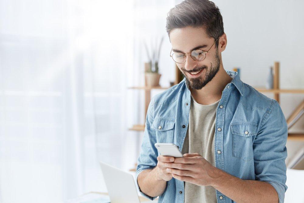 Позитивные эмоции и негативные последствия использования смартфона