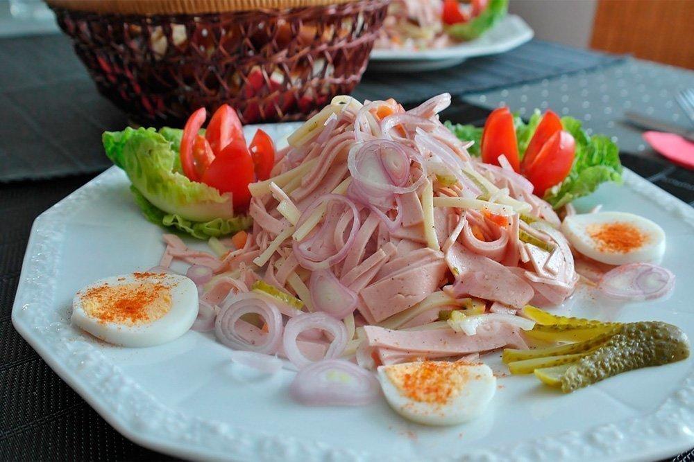 Простые рецепты заправок для мясных салатов