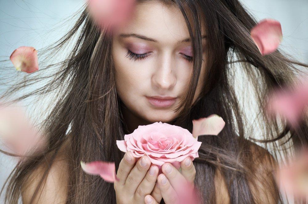 «Розовый» мед от боли в горле