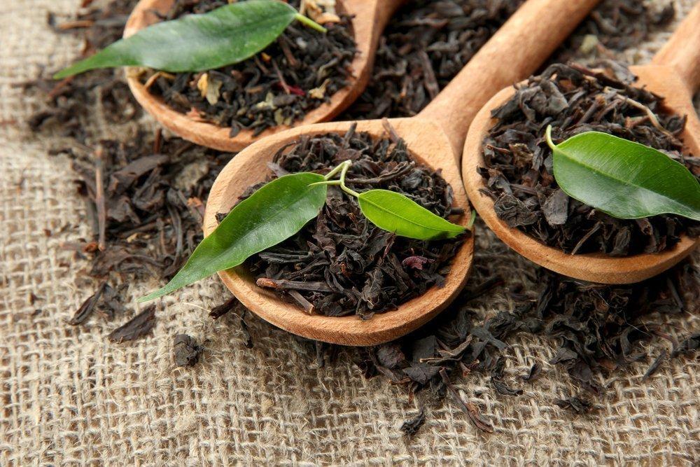 Черный чай для красоты и борьбы с ожогами