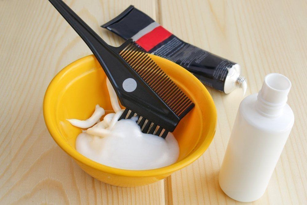 Изменение цвета волос: критерии выбора окислителя