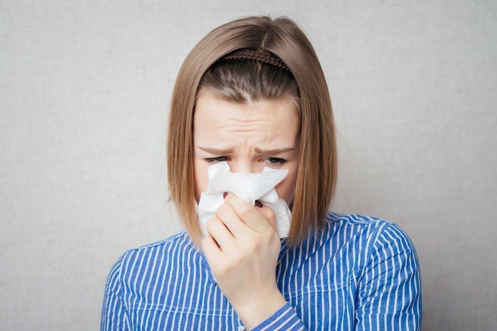 Признаки синусита: насморк, боли, нарушения обоняния