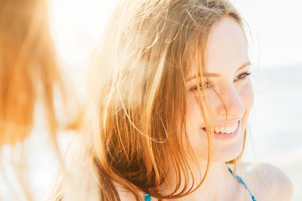 5. Увлажнять волосы перед купанием в море