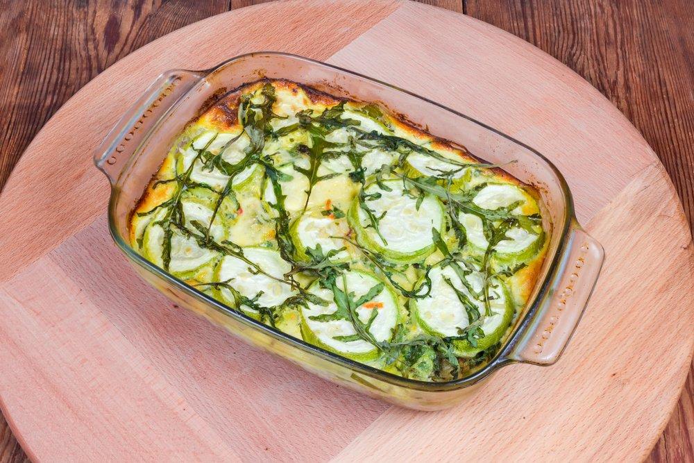 Кабачки в духовке: рецепты самые простые и быстрые.