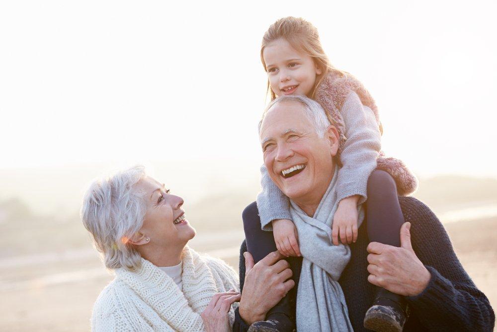 Приятное общение: в гости к бабушке и дедушке