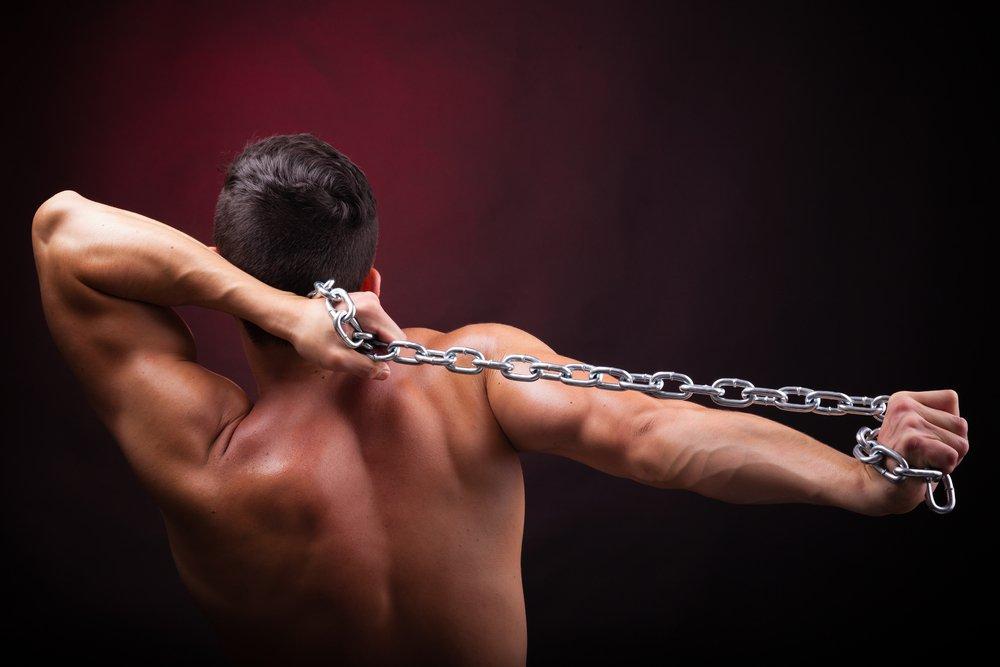 Статические фитнес-упражнения для усиления связок поклонника ЗОЖ