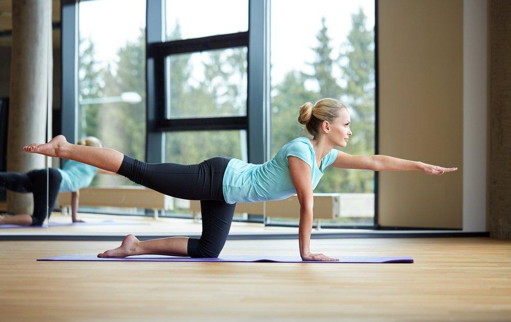 Упражнения для задней поверхности бедер