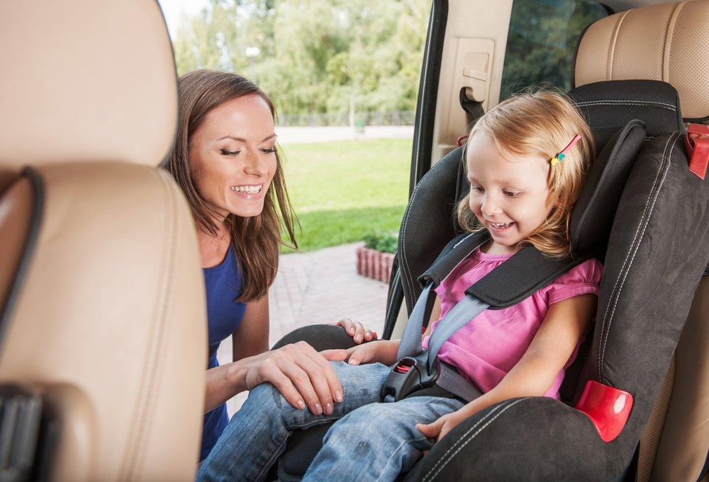 Дети в автотранспорте: избежать травм