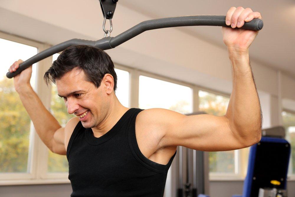 Что должен включать комплекс упражнений для подготовки армрестлера?