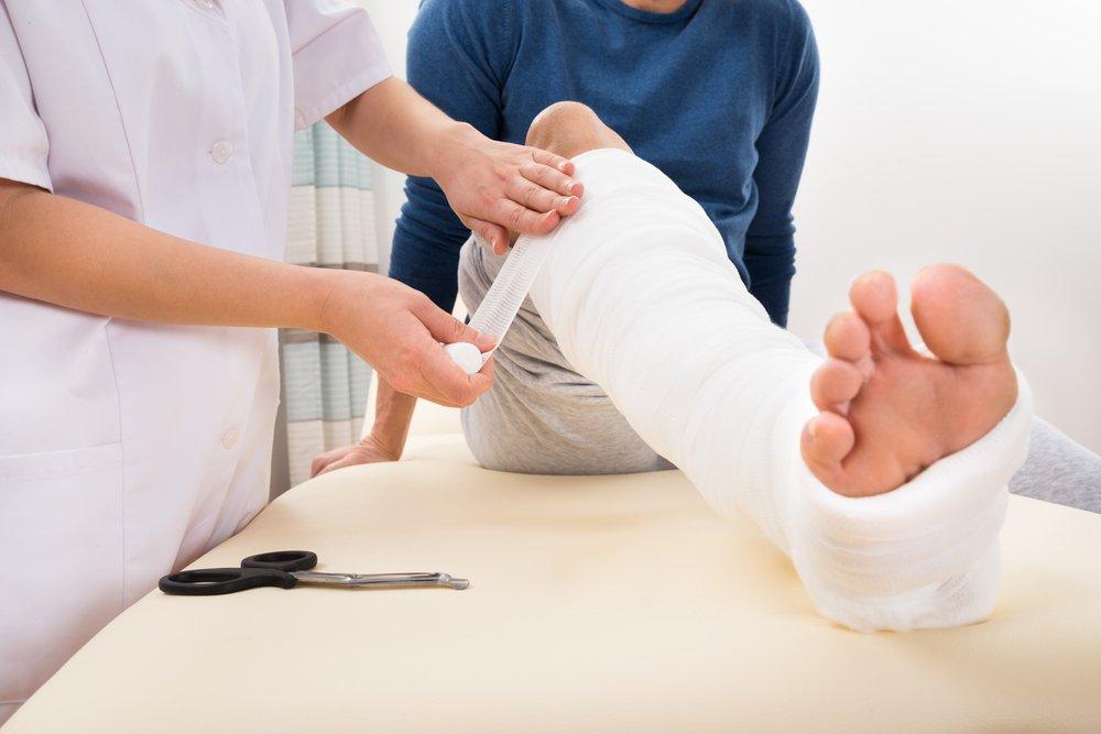 Причины возникновения и виды травм стопы