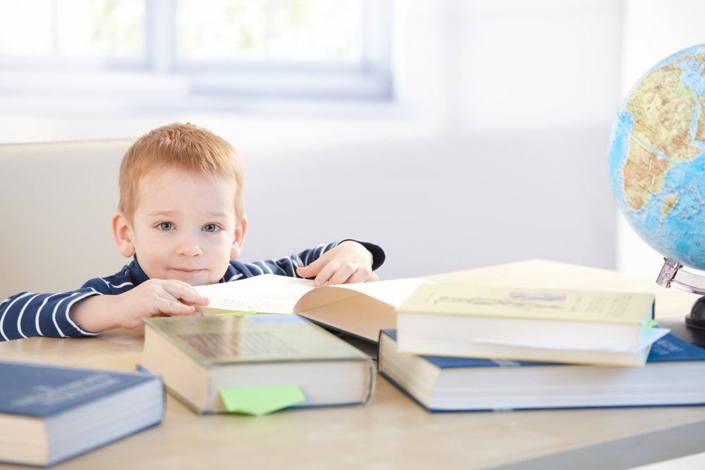 Маленьким детям легче дается изучение иностранных языков