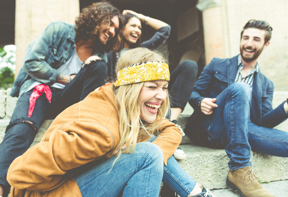 Общение в коллективе: только положительные эмоции
