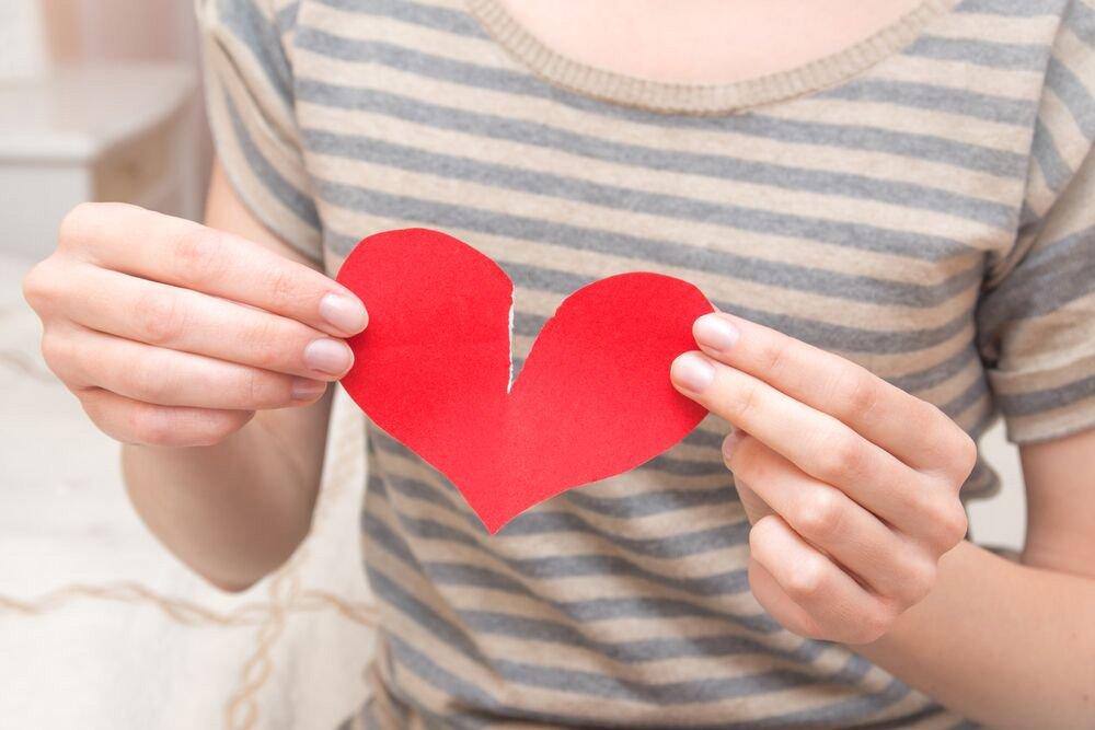 Как преодолеть травму от неразделенной любви и построить новые отношения?