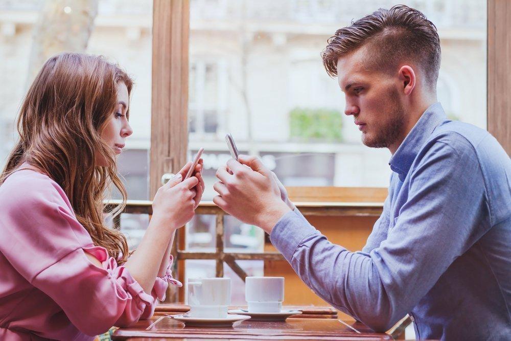 Настоящая любовь и отношения в сети — невозможное возможно?