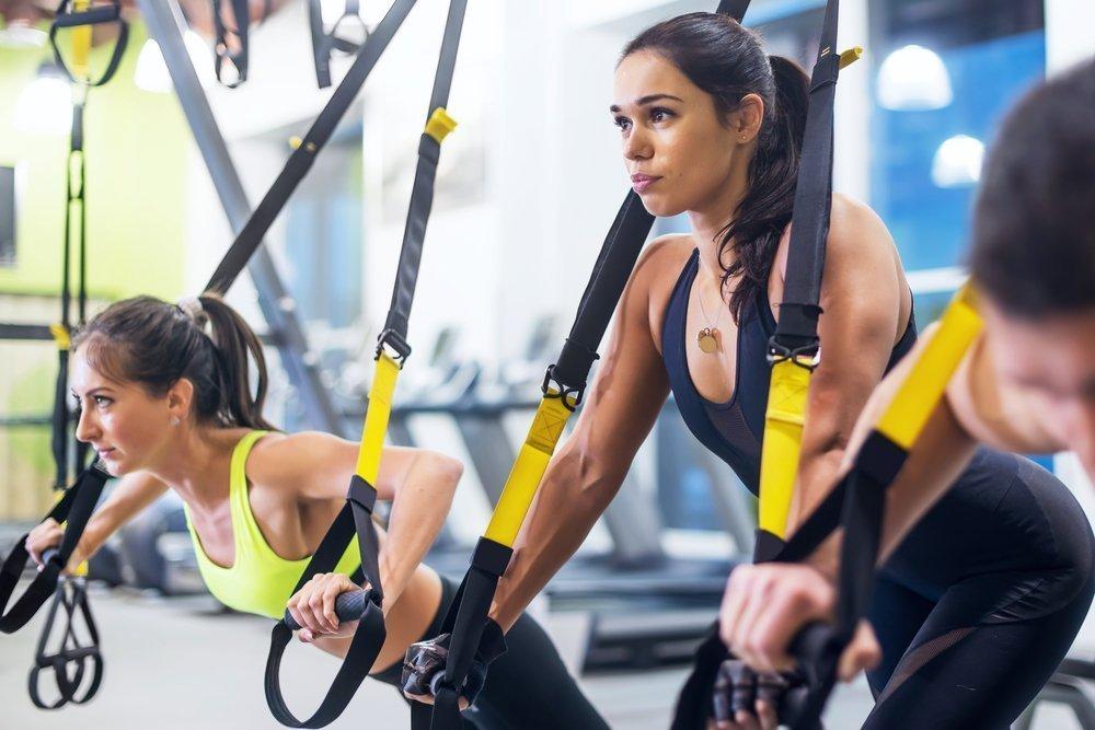 Фитнес-тренировки для похудения в тренажерном зале